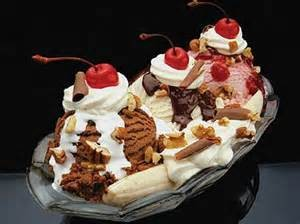 1537268930 300x224 دسر تابستانی موز و بستنی