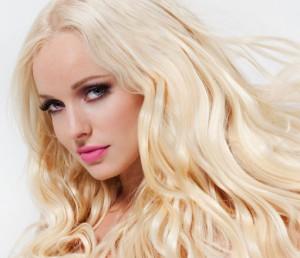 Platinum Seamless 300x258 بدون دکلره موهای خود را روشن کنید